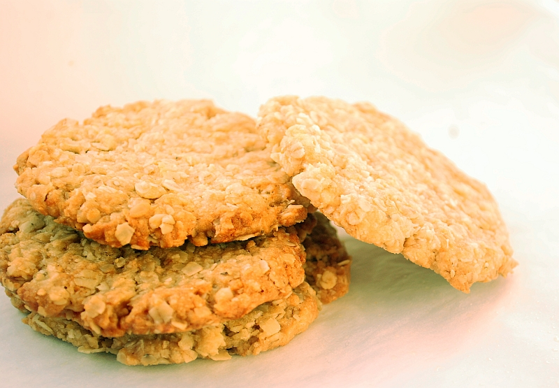 Coconut and oats cookies