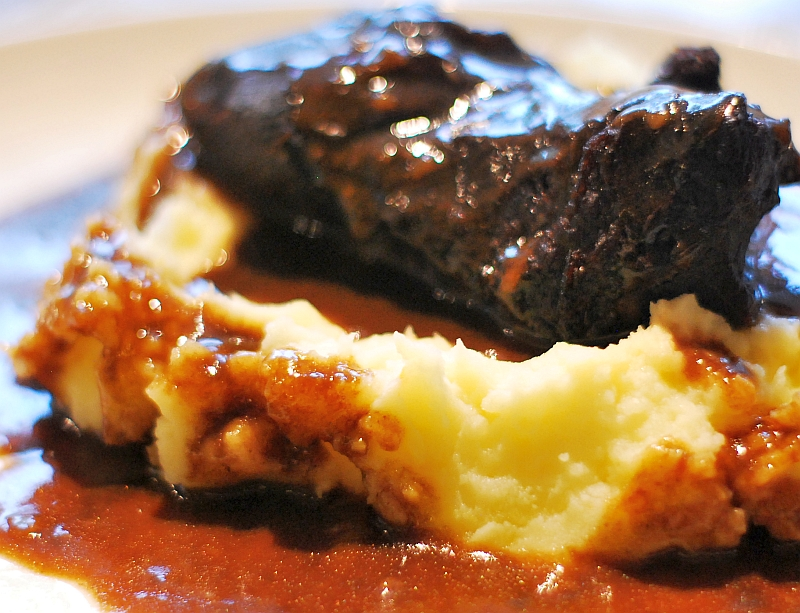 ox cheek on mash potatoes